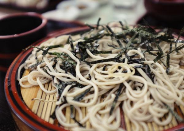 Soba, nouilles traditionnelles japonaises à base de sarasin